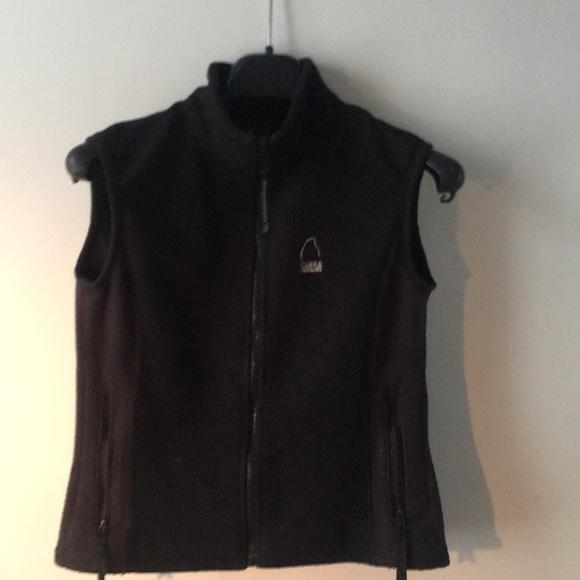 2/20$ Polar vest